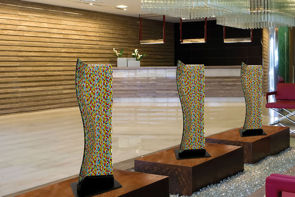 Manhattan multicolor glass sculpture