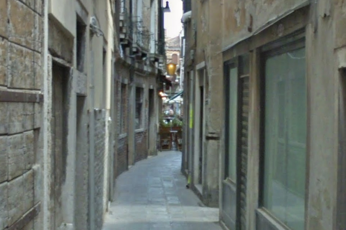 A vampire in Venice