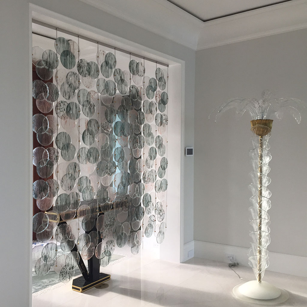 Elegant glass partition walls for homes