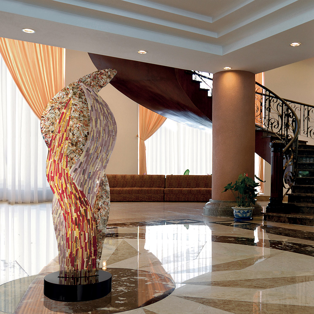 Wonderful Murano glass sculptures for large spaces